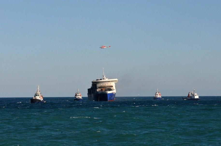 Według wstępnych ustaleń prom zatonął, ponieważ był przeładowany. Zdj. ilustracyjne /EPA/BIAGIO CLAUDIO LONGO   /PAP