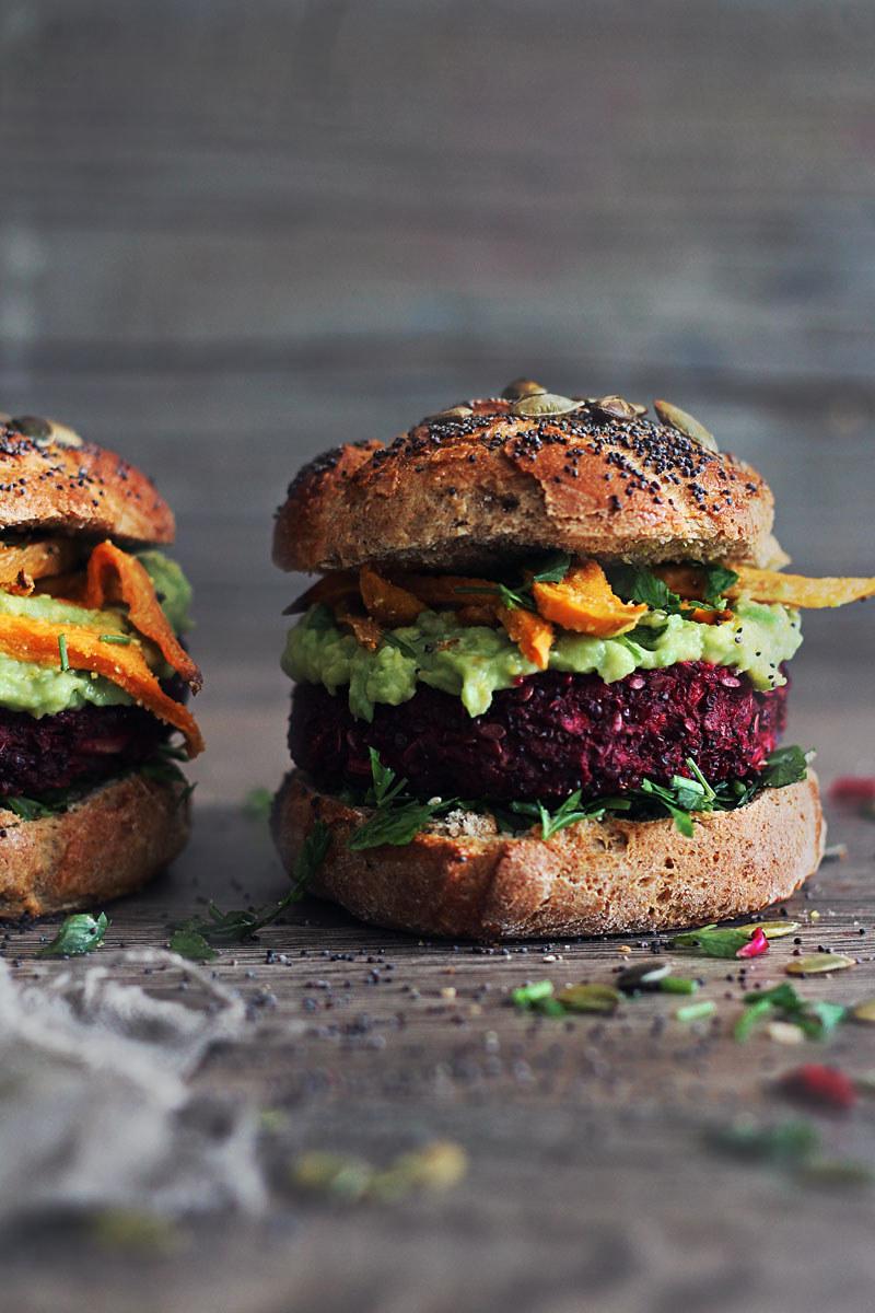 wegańskie burgery /© Photogenica
