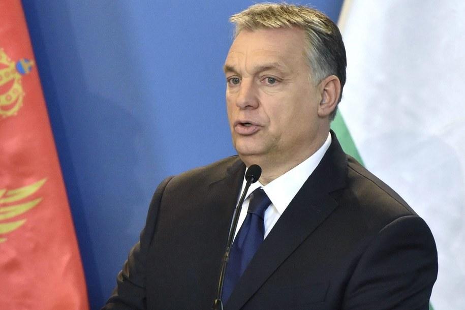 Węgierski premier Viktor Orban podczas spotkania w parlamencie w Budapeszcie /ZOLTAN MATHE /PAP/EPA