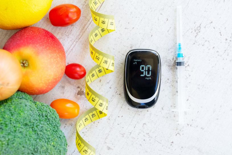 Węglowodany a poziom cukru /©123RF/PICSEL