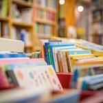 Węgry: Grzywna dla dystrybutora książek o rodzinach jednopłciowych