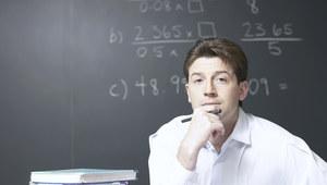 Węgry: Rząd podwyższy pensje nauczycieli o 34 procent