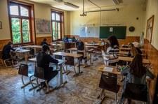 Węgry: Ustawa zakazująca propagowania homoseksualizmu w szkołach przyjęta