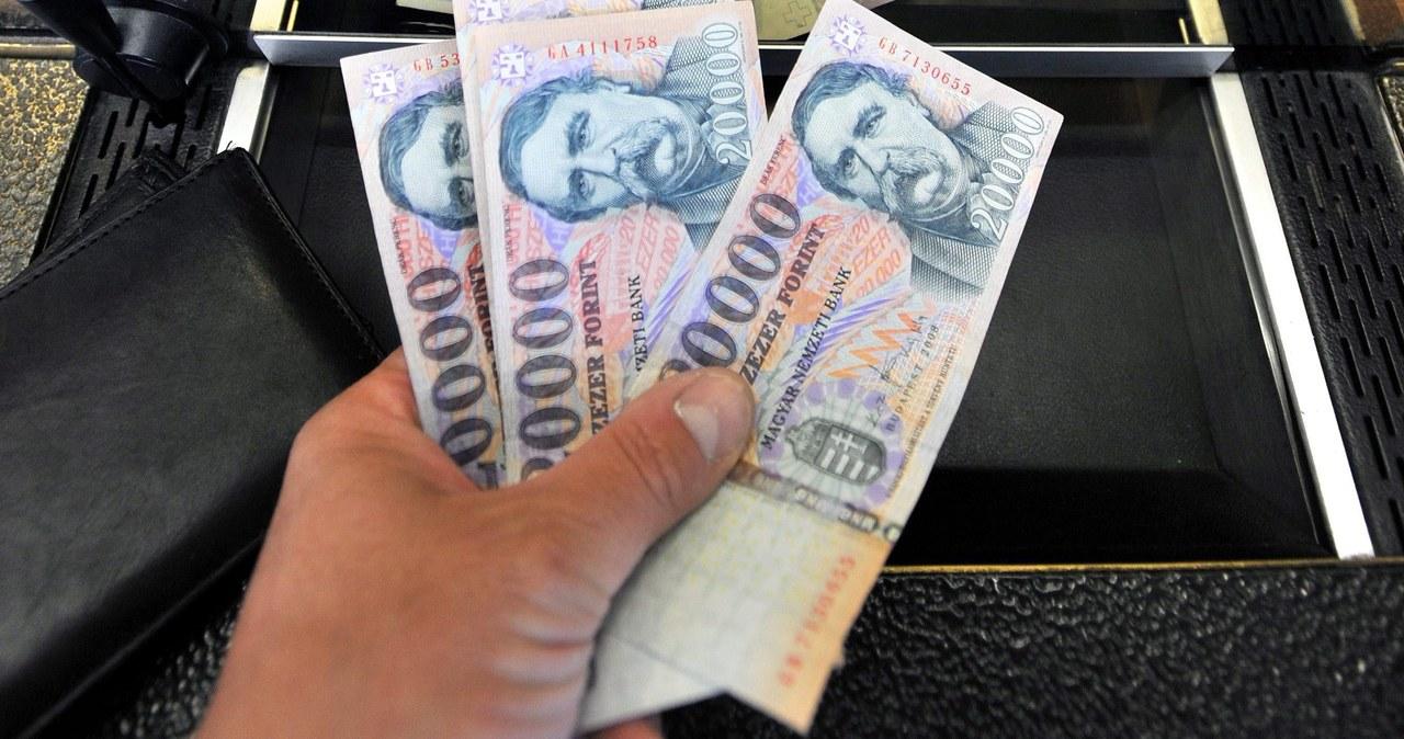 Węgry znowu podnoszą stopy procentowe. I będą to robić dalej