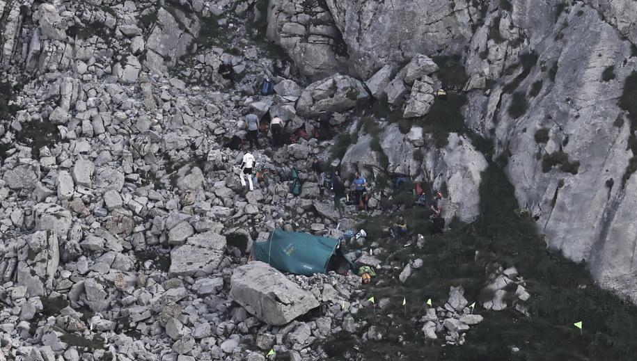 Wejście do jaskini Wielkiej Śnieżnej / Grzegorz Momot    /PAP