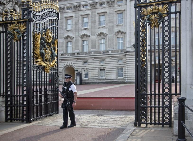 Wejście do Pałacu Buckingham /Leszek Kotarba  /East News