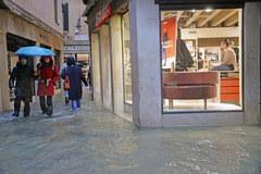 Wenecja: 70 proc. miasta pod wodą