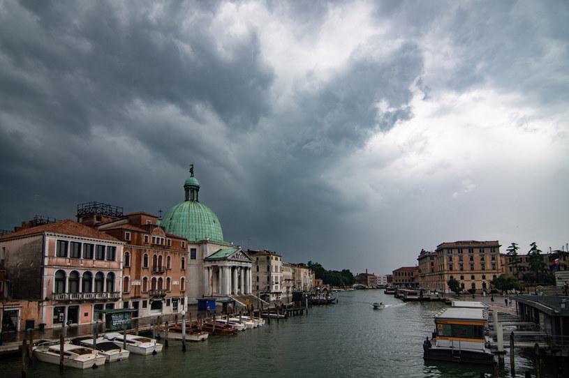Wenecja otwiera się na turystów, ale część restauracji pozostanie zamknięta /Simone Padovani/Awakening /Getty Images