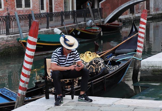Wenecki gondolier /©123RF/PICSEL