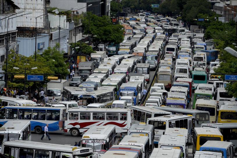 Wenezuela stoi na skraju załamania gospodarczego. Na zdjęciu protest w stolicy kraju Caracas /AFP