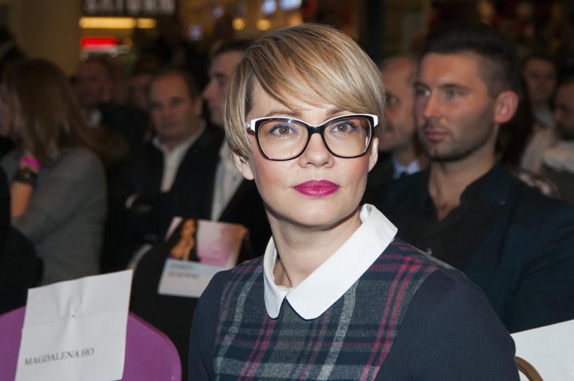 Weronika Marczuk świetnie radzi sobie w roli mamy /Artur Zawadzki/REPORTER /Reporter