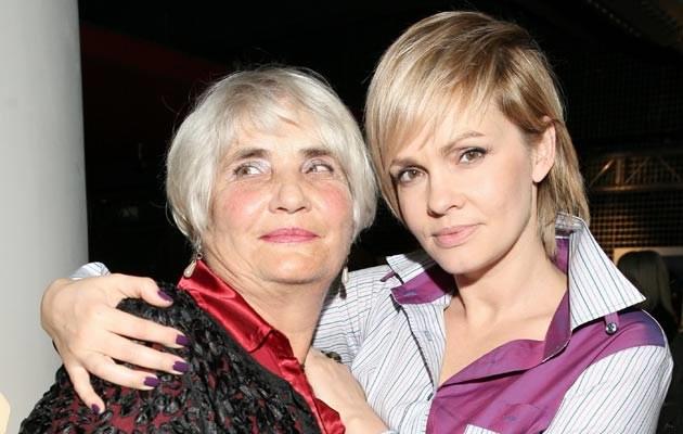 Weronika Marczuk z mamą, fot. Paweł Wrzecion  /MWMedia