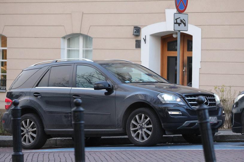 Weronika Rosati parkuje na miejscu dla niepełnosprawnych /Newspix