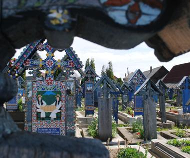 Wesoły cmentarz w rumuńskiej Sapancie