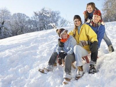 Weź kilka dni urlopu i wyskocz z dziećmi na ferie. Wszyscy na tym skorzystają  /© Panthermedia