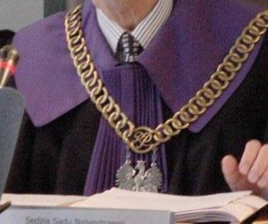Wezwanie do sądu za pomocą SMS-a lub e-maila