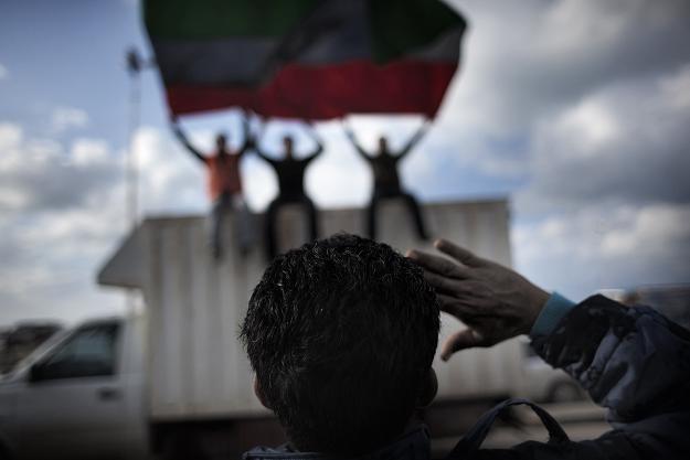 Wg agencji informacyjnych Kadafi zabarykadował się w Trypolisie z ostatnimi lojalnymi jednostkami /AFP