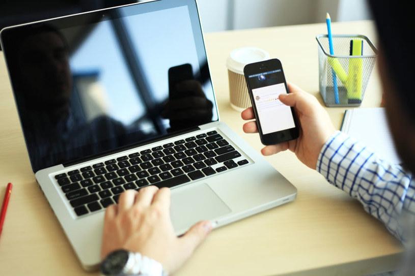 WhatsApp będzie można obsługiwać na wielu urządzeniach jednocześnie /123RF/PICSEL