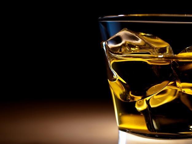 Whisky w Polsce wraca do łask /©123RF/PICSEL