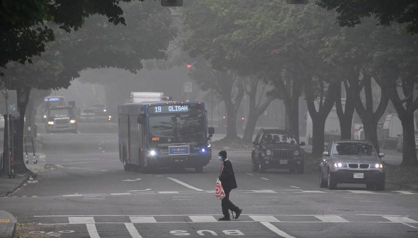 """WHO podnosi normy jakości powietrza. """"To pomoże uratować miliony ludzi"""""""
