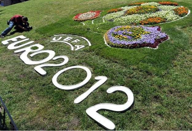 Wiadomo już, że nie ze wszystkimi projektami uda się zdążyć na Euro 2012 /AFP