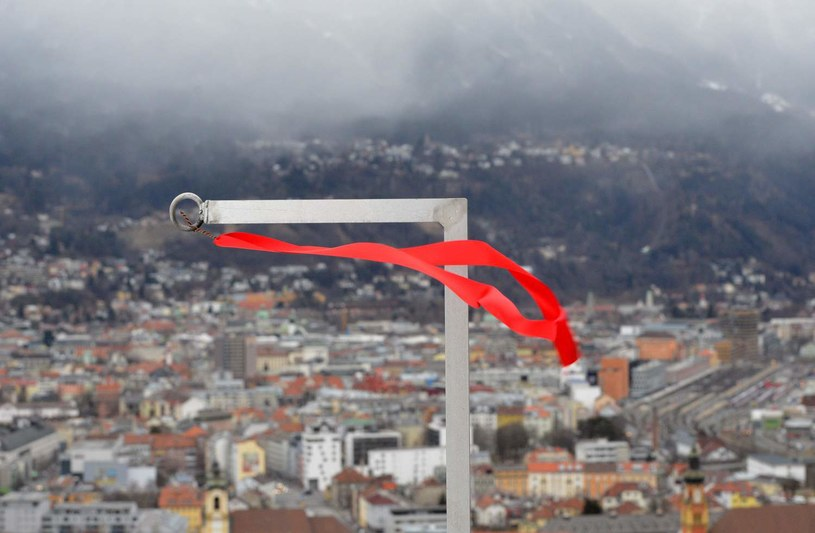Wiatr przeszkadza w Innsbrucku /AFP