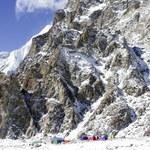 Wiatr rządzi na K2. Zmusił naszych himalaistów do zejścia w dół