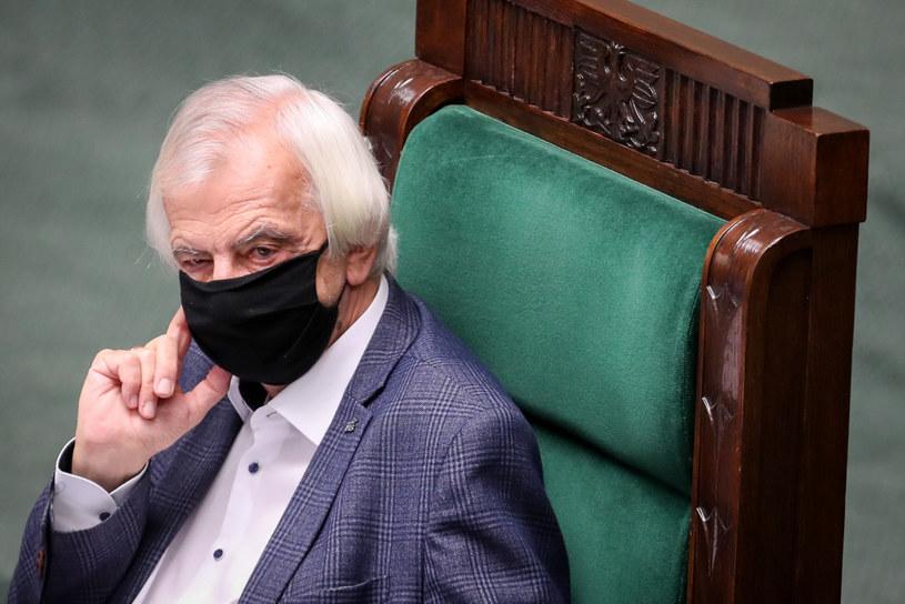 Wicemarszałek Sejmu Ryszard Terlecki podczas nadzwyczajnego posiedzenia, które zostało przerwane /fot. Andrzej Iwanczuk /Reporter
