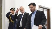 Wicemarszałkowie Sejmu Ryszard Terlecki z PiS i Stanisław Tyszka z Kukiz`15 w drodze na posiedzenie Prezydium Sejmu