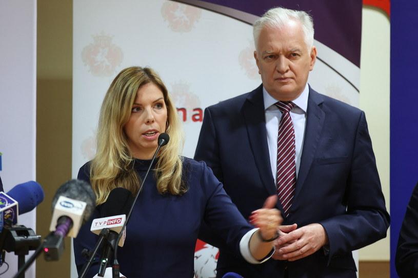Wiceminister Anna Kornecka i wicepremier Jarosław Gowin /Łukasz Gągulski /PAP