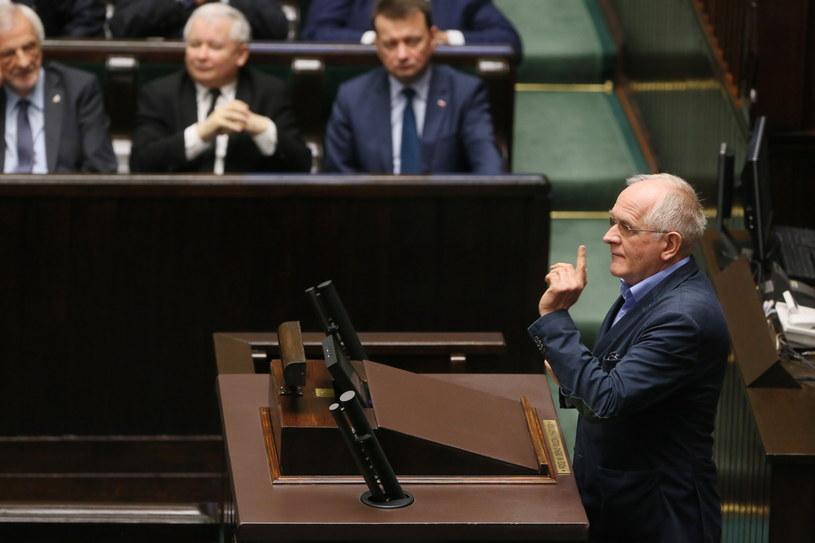 Wiceminister kultury Krzysztof Czabański, przed głosowaniem nad tzw. dużą ustawą medialną /Tomasz Gzell /PAP
