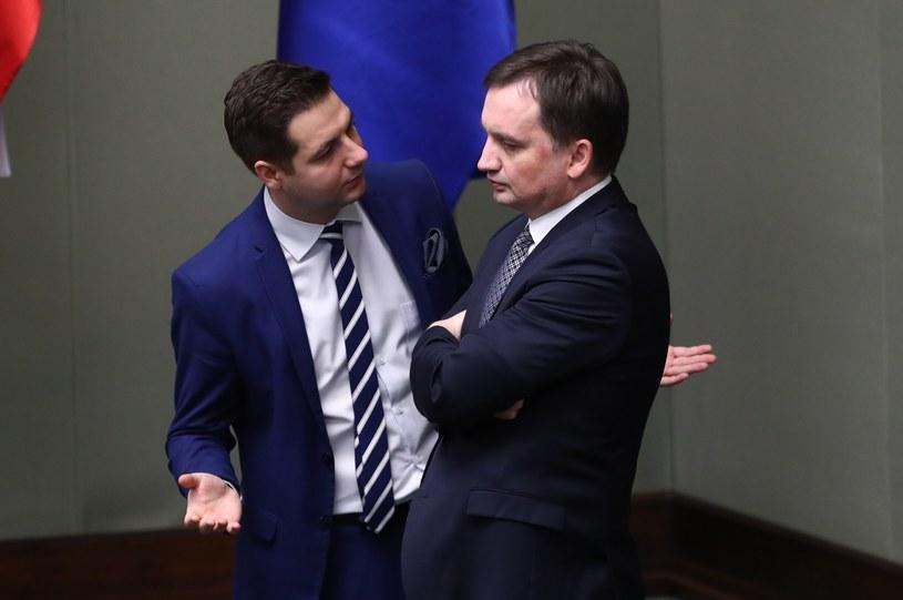 Wiceminister Patryk Jaki i minister Zbigniew Ziobro /Andrzej Iwańczuk /Reporter