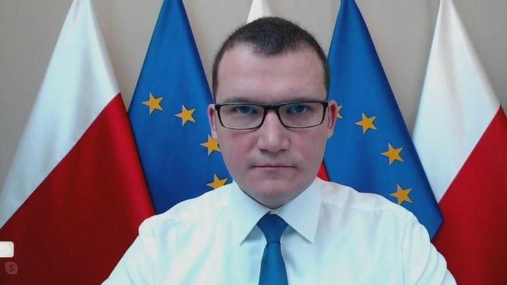 """Wiceminister spraw wewnętrznych i administracji Paweł Szefernaker w programie """"Graffiti"""" /Polsat News"""