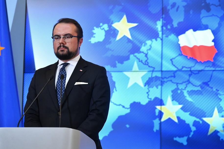 Wiceminister spraw zagranicznych Paweł Jabłoński podczas konferencji prasowej /Piotr Nowak /PAP