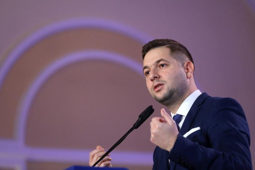 Wiceminister sprawiedliwości i przewodniczący komisji weryfikacyjnej ds. reprywatyzacji Patryk Jaki /Rafał Guz /PAP