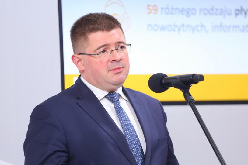 Wiceminister Tomasz Rzymkowski /Pawel Wodzynski /East News