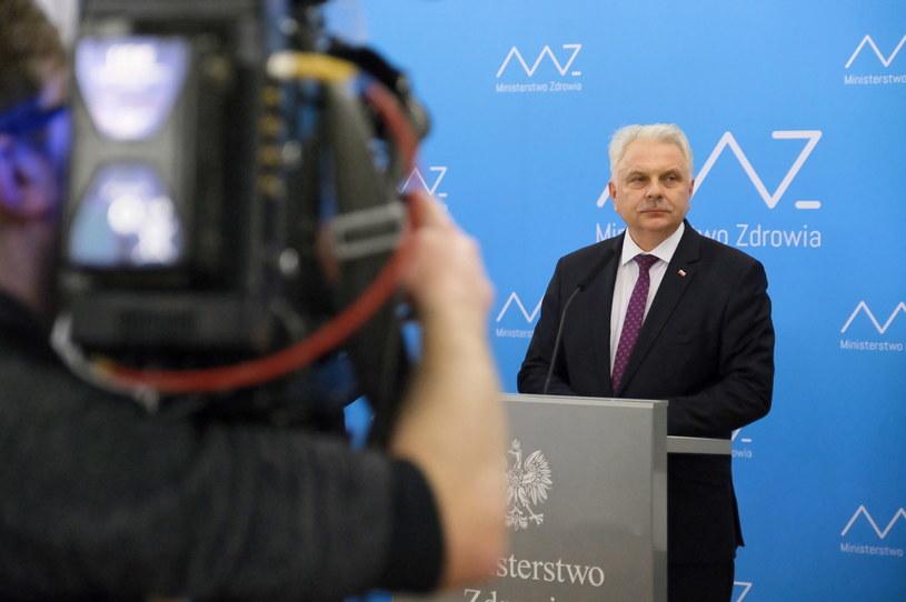 Wiceminister zdrowia Waldemar Kraska podczas konferencji prasowej w Ministerstwie Zdrowia w Warszawie /Mateusz Marek /PAP