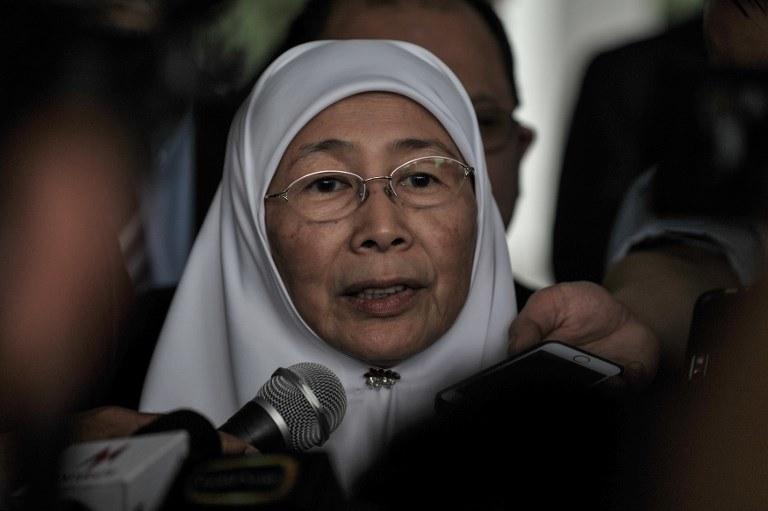 Wicepremier Malezji Wan Azizah Wan Ismail: Rząd jest zdecydowany skończyć z małżeństwami dzieci /MOHD RASFAN /AFP