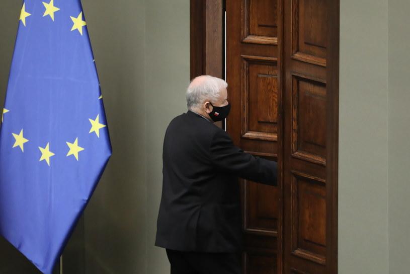 Wicepremier, prezes PiS Jarosław Kaczyński na sali obrad Sejmu /Wojciech Olkuśnik /PAP