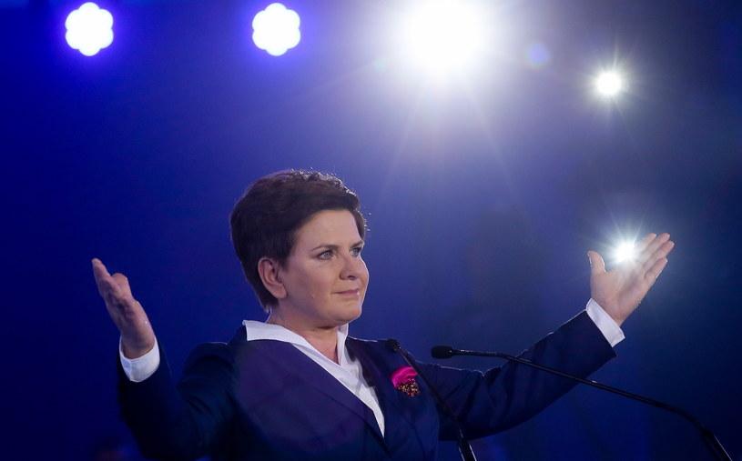 Wiceprezes PiS i kandydatka partii na premiera - Beata Szydło na konwencji wyborczej partii /Paweł Supernak /PAP