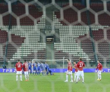 Wiceprezesi TS Wisła Kraków złożyli dymisje po incydencie z racami