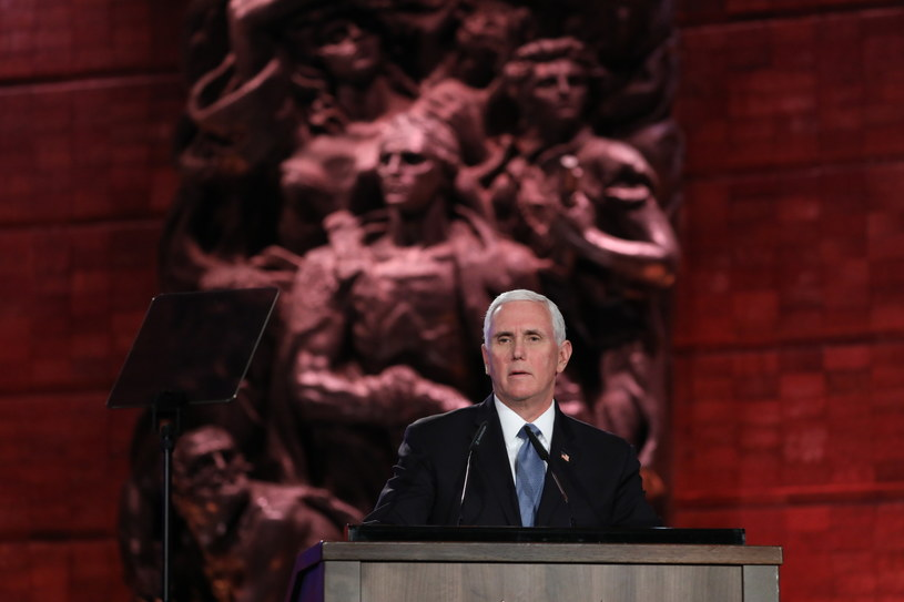 Wiceprezydent USA Mike Pence /ABIR SULTAN / POOL /PAP/EPA