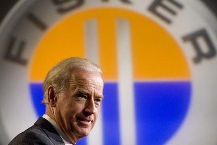 Wiceprezydent USA na uroczystości sprzedaży fabryki /AFP