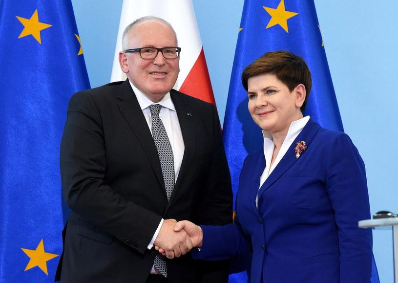 Wiceszef KE Frans Timmermans i premier Beata Szydło /Radek Pietruszka /PAP