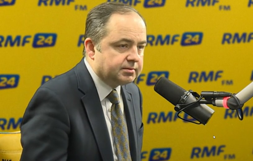 Wiceszef MSZ Konrad Szymański w RMF FM /RMF
