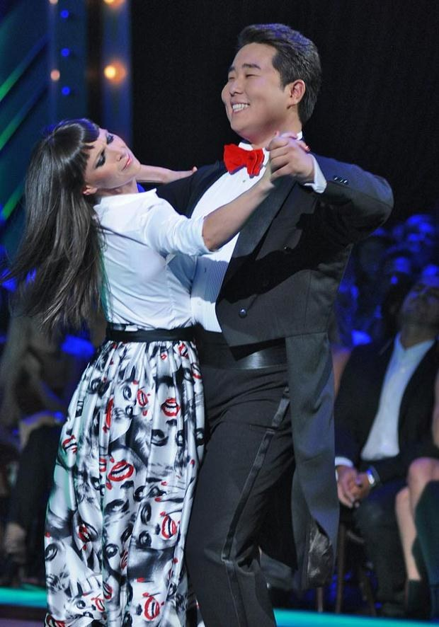 Widać, że taniec sprawia Bilguunowi dużą przyjemność. Fot. Andras Szilagyi  /MWMedia