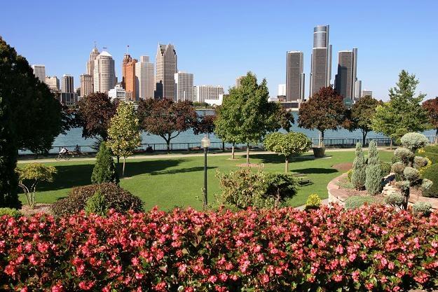 Widok na Detroit z Windsor, Ontario /©123RF/PICSEL