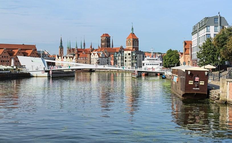 Widok na historyczne centrum Gdańska /123RF/PICSEL