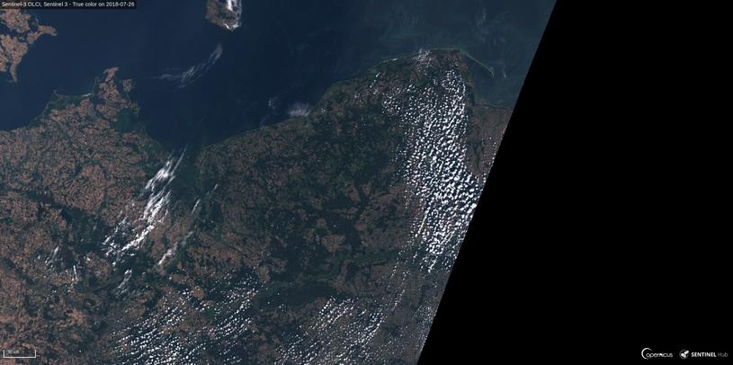 Widok na północną Polskę z dnia 26 lipca 2018 okiem satelity Sentinel 3. Fot. Sinergise, ESA /materiały prasowe