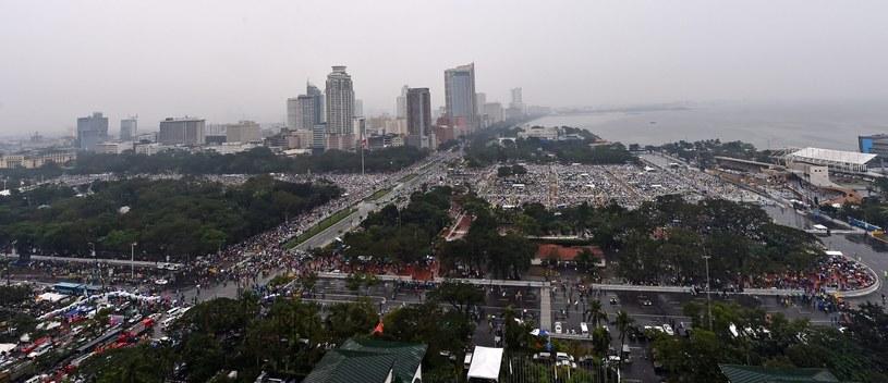 Widok na Rizal Park tuż przed rozpoczęciem papieskiej mszy /PAP/EPA